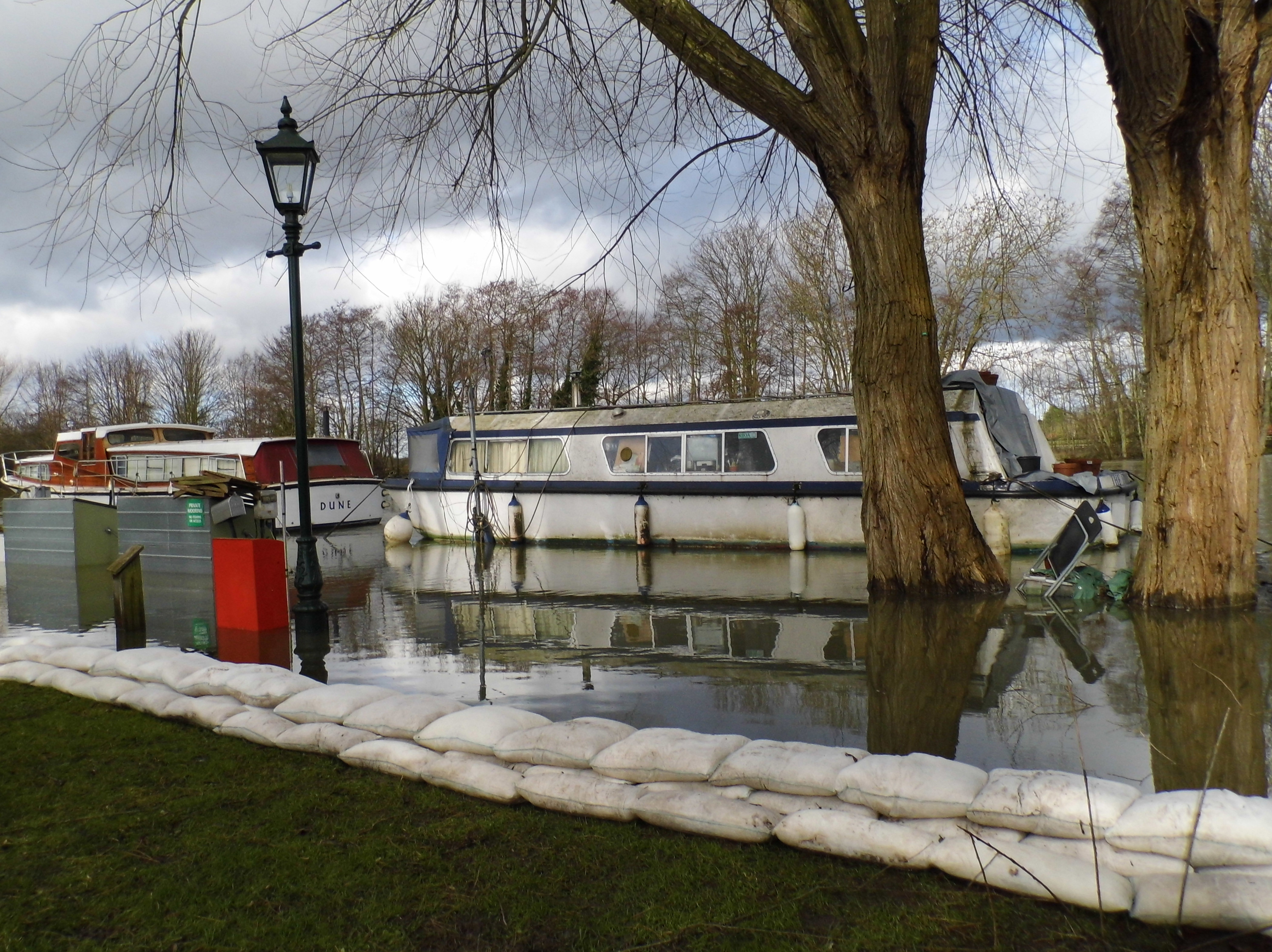 Floodsax-save-caravan-park-in-Windsor
