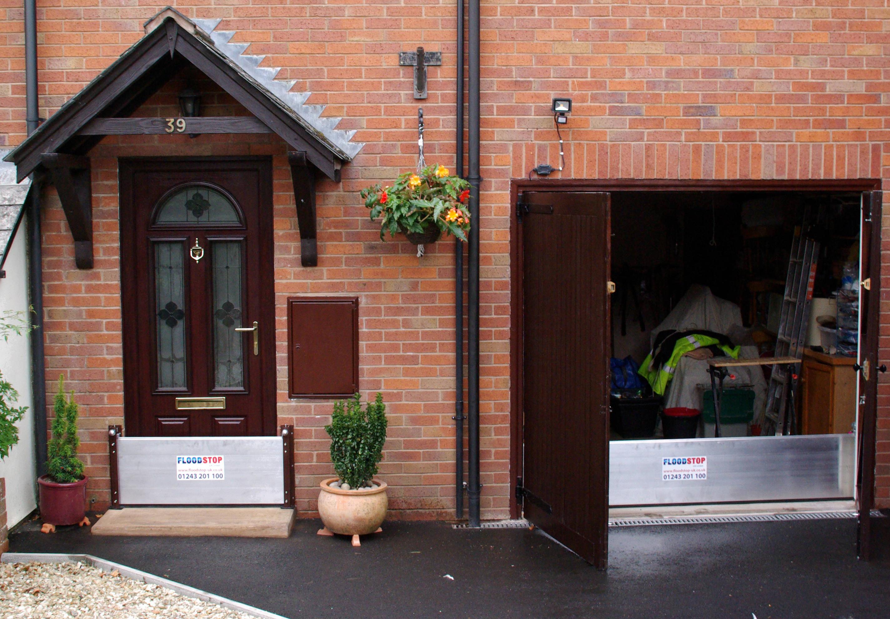 flood-barrier-garages