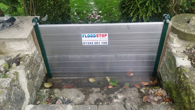 flood-wall-flood-barrier